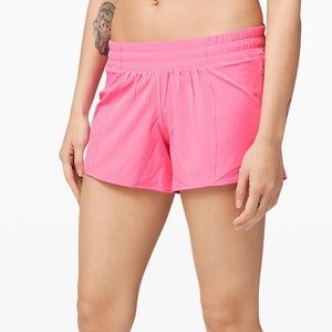 "Lululemon Hotty Hot Shorts Dk Prism Pink 4"" Size 6"